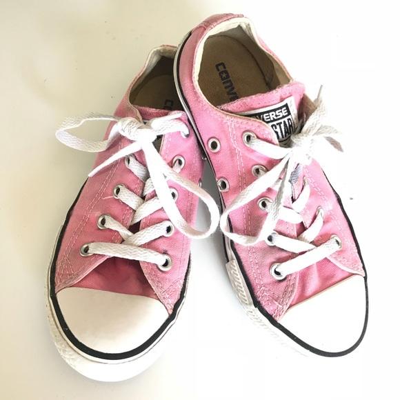 little girls pink converse tennis shoes